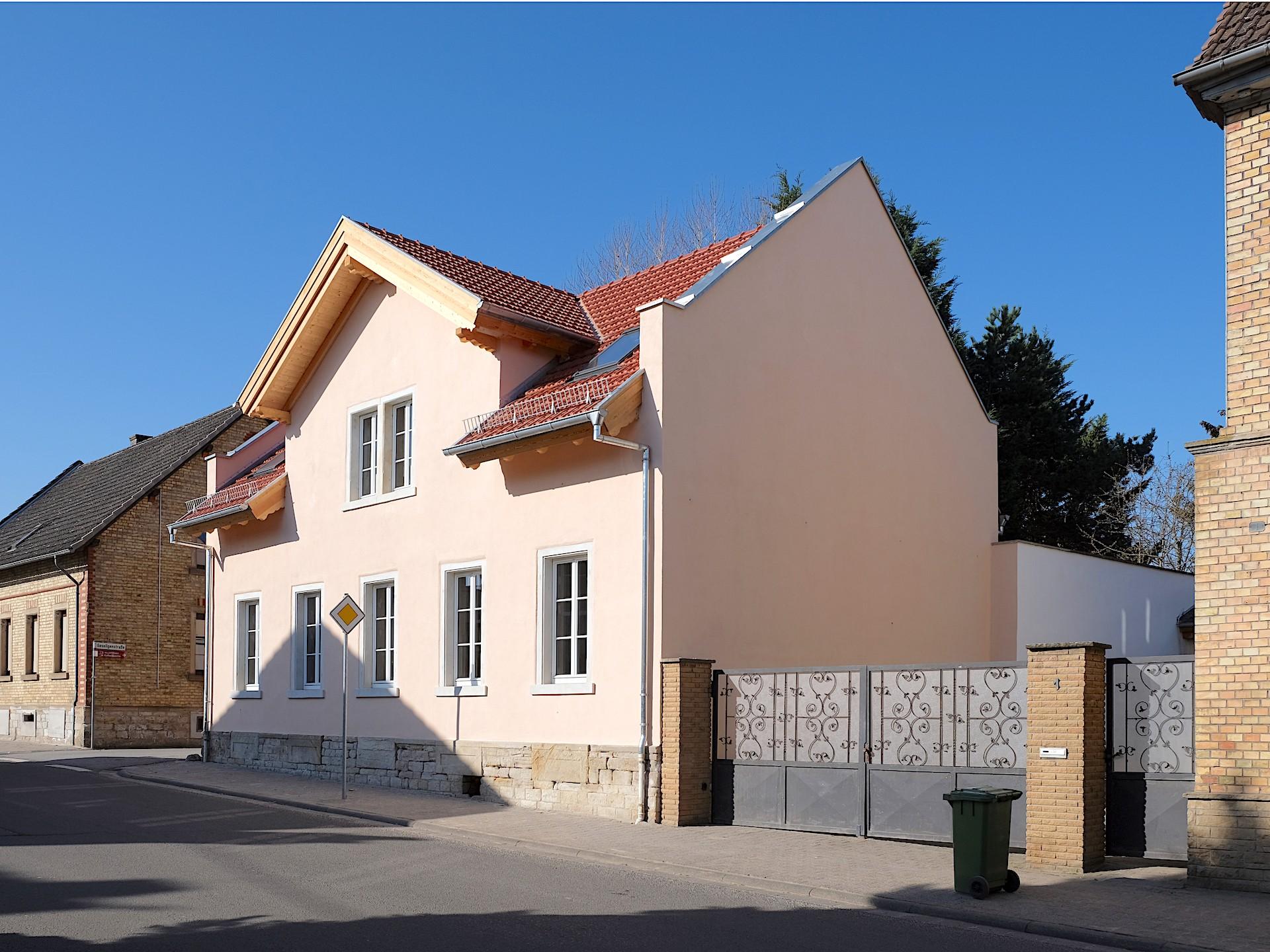 wird...Wohnhaus in Wallertheim